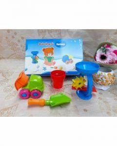 Bộ chơi cát bằng nhựa an toàn cho bé. Quà tặng từ tả Huggies
