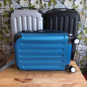 Vali cần kéo du lịch Nutifood thích hợp dùng để đi du lịch.