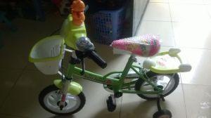Xe đạp Nuti cho bé dưới 4 tuổi