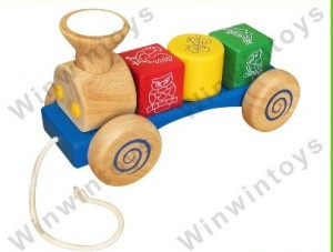 Xe lửa nhỏ bằng gỗ Winwintoys
