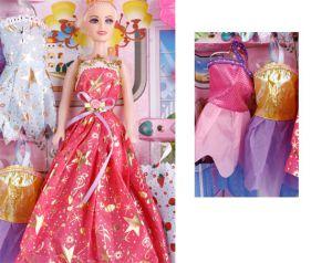 Bộ Barbie và Trang Phục Nhỏ