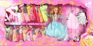 Bộ Barbie và Trang Phục Lớn