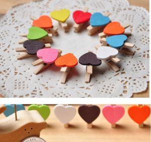 Set 10 kẹp gỗ dây treo hình tim đủ màu
