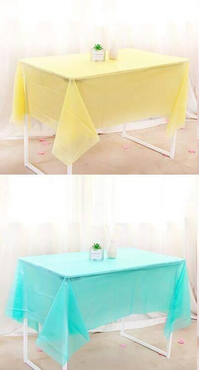 Khăn trải bàn màu trơn 1m83 x 1m37 (có 5 màu)